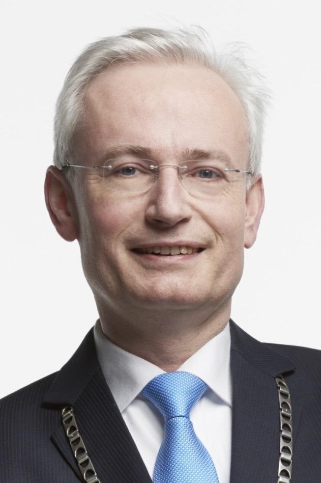 Hans VERHEIJEN, LL.M